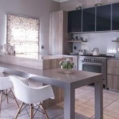 Easylife Kitchens