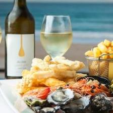 Blackbeard's Lookout & Seafood Tavern